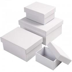 Scatole rettangolari di cartone